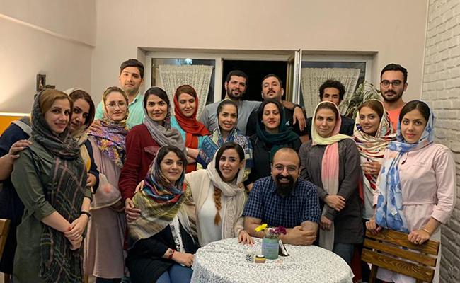 مهمانی افطار همورا در کافه آنسو