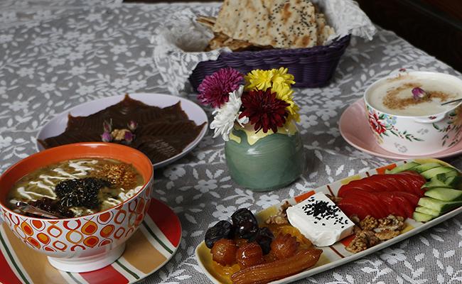 میز افطار کافه آنسو